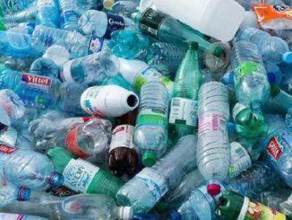 Nhựa tái chế có vai trò vô cùng quan trọng với đời sống con người